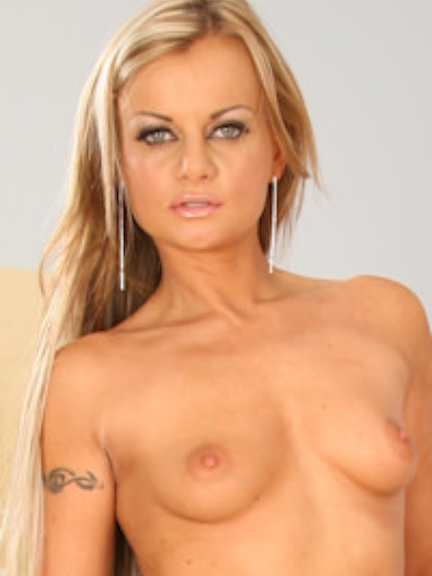 Dominika Pink