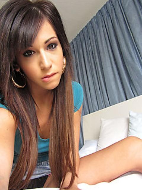 Layla Lopez