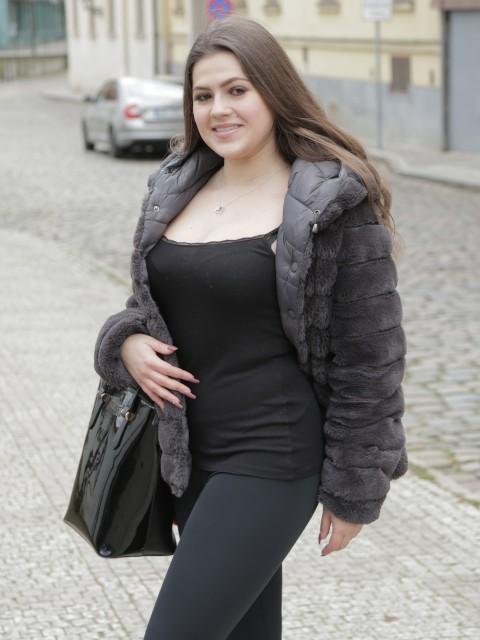 Sereyna Gomez
