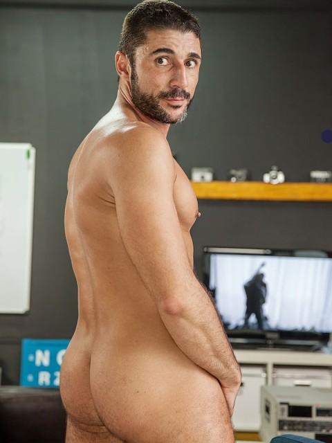 Max Toro