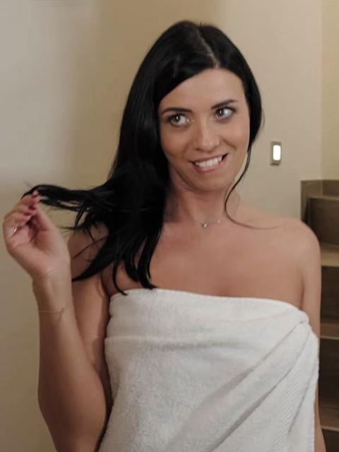 Vicky love mofos