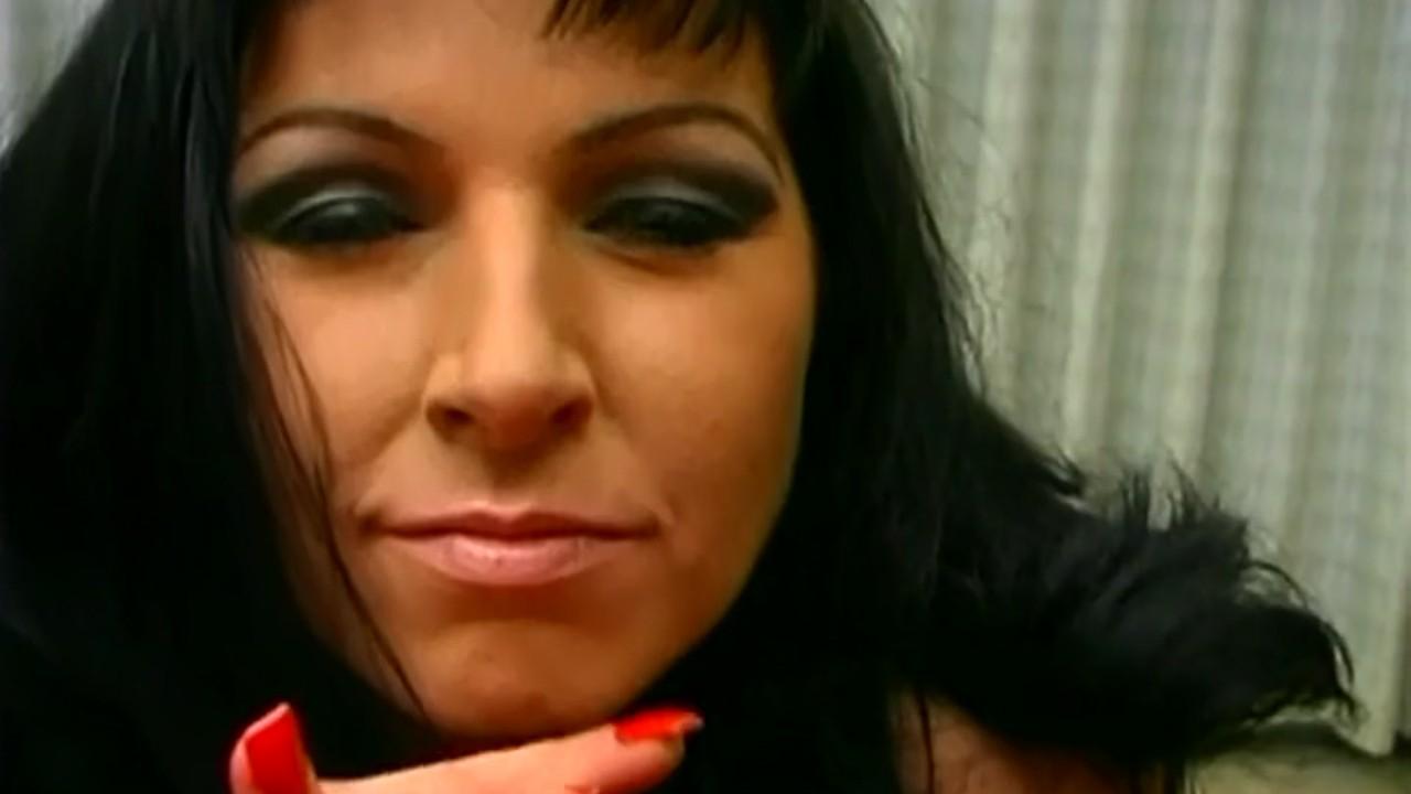 Nicole Amateur Black Facials