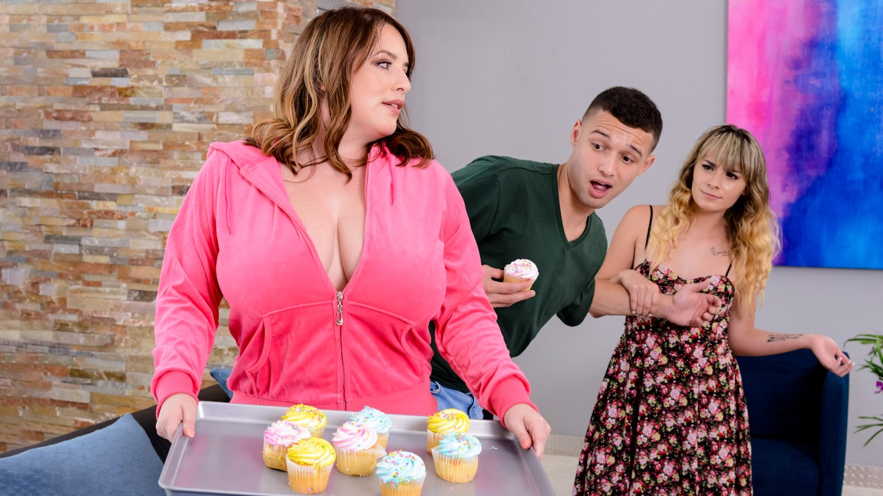 She's Sneaky Sweet, Maggie Green, Johnny The Kid, [Brazzers]