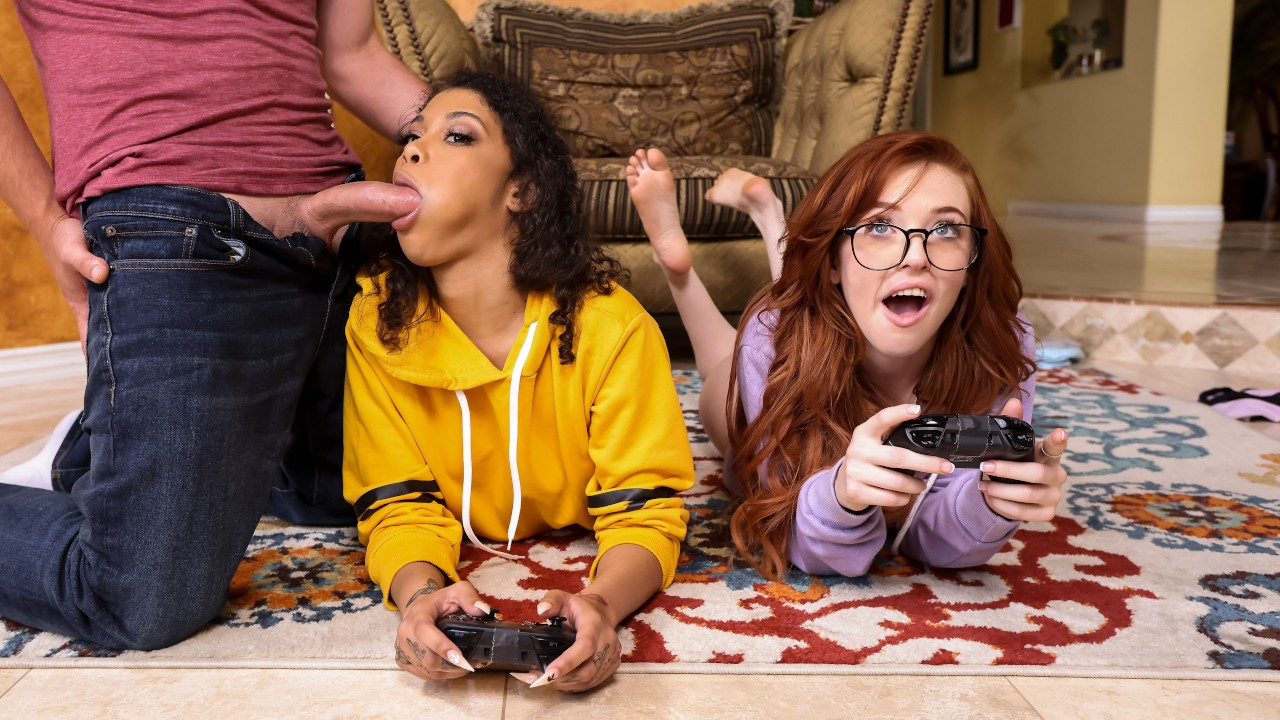 Jeni Angel, Madi Collins, Van Wylde, Gamer Girl Threesome Action