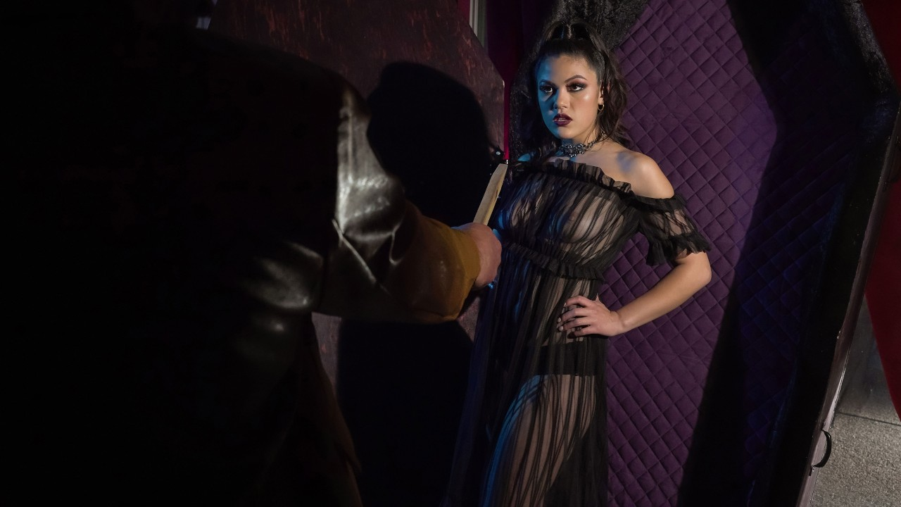 Creeping In Her Crypt, Kendra Spade, Charles Dera, [Brazzers]