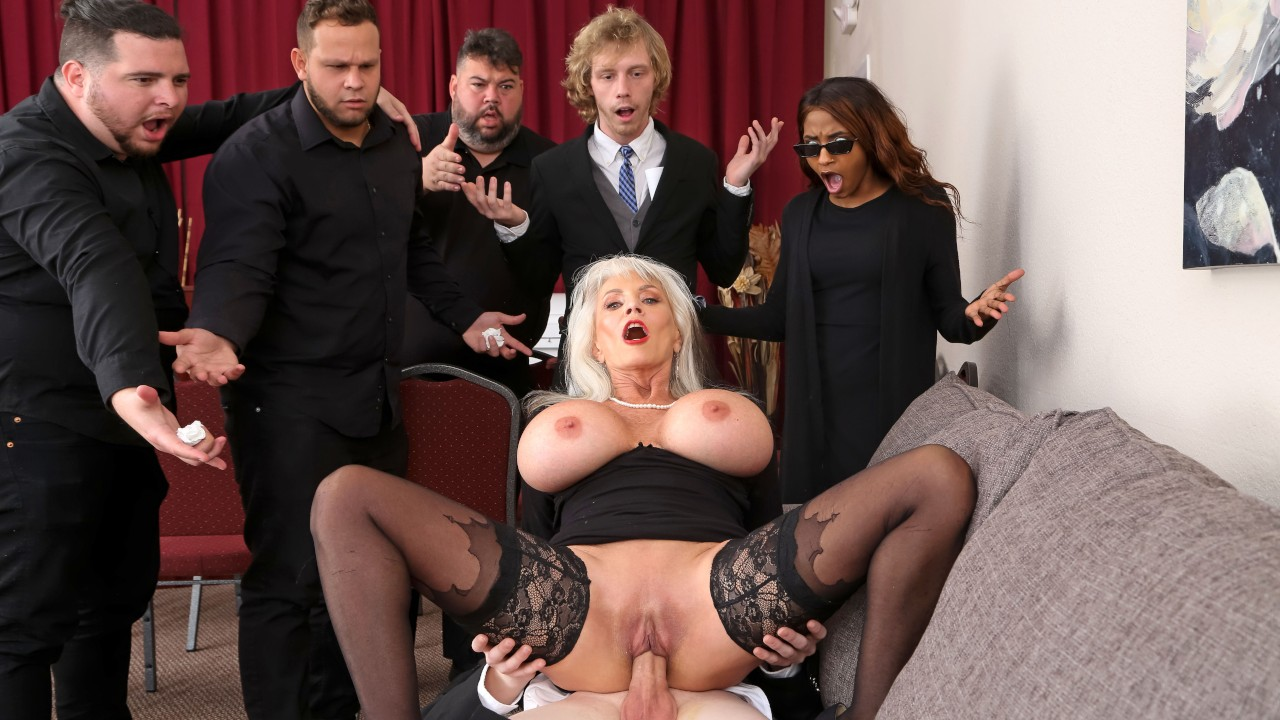 Burying The Dick 10 Inch Deep, Sally D'Angelo, Jimmy Michaels, [Brazzers]