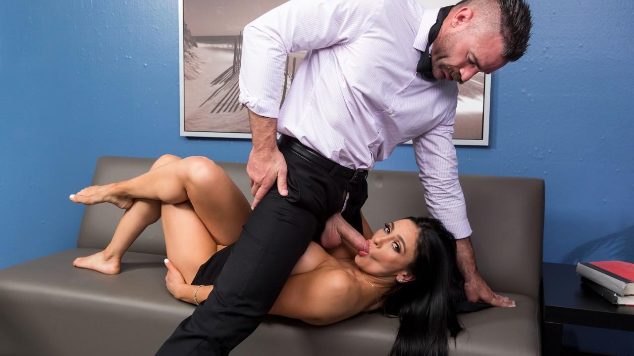 Emergency Dick Distraction, Audrey Bitoni, Charles Dera, [Brazzers]