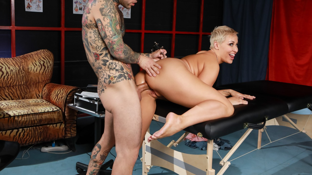 Tats, Tits And Ass, Ryan Keely, Small Hands, [Brazzers]