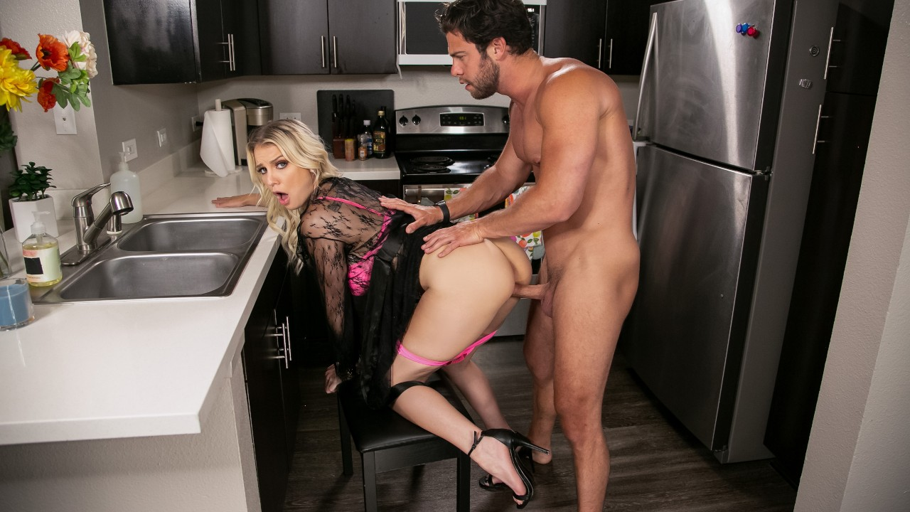 Kenzie Taylor, Seth Gamble, Kenzie Chooses Dick Over Dishes