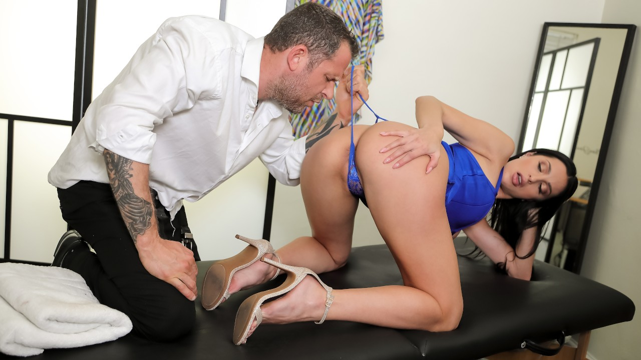Diva For A Day, Azul Hermosa, Scott Nails, [Brazzers]