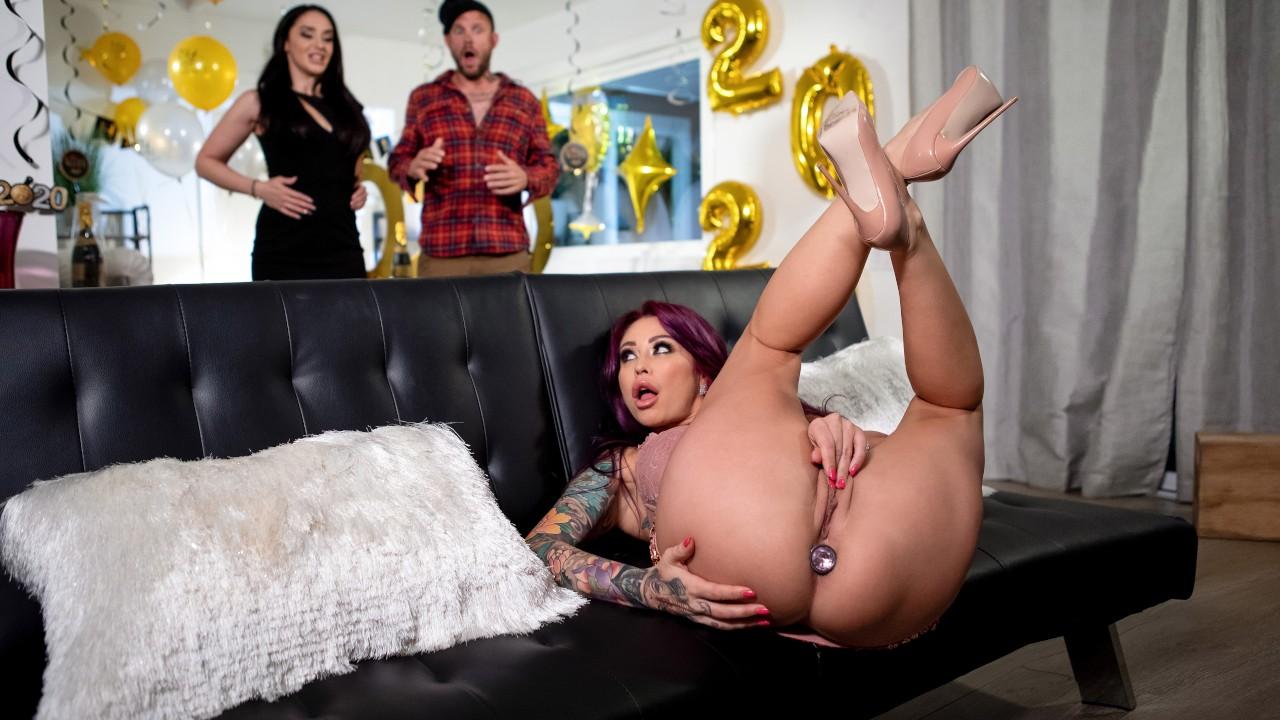 Countdown To Cock, Monique Alexander, Scott Nails, [Brazzers]