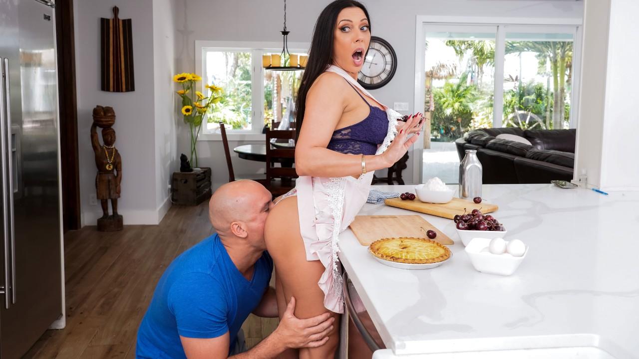 Kitchen Sex With Rachel, Rachel Starr, Sean Lawless, [Brazzers]
