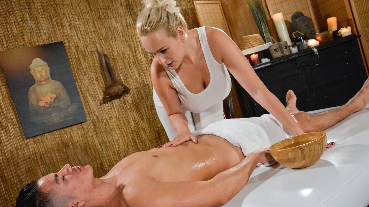 Big Tit Milf Gives Massage