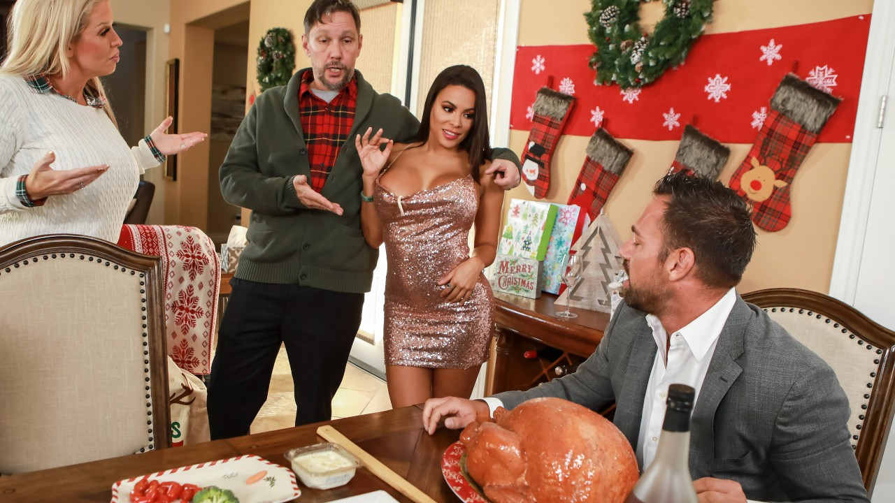 Horny For The Holidays: Part 3, Luna Star, Johnny Castle, [Brazzers]