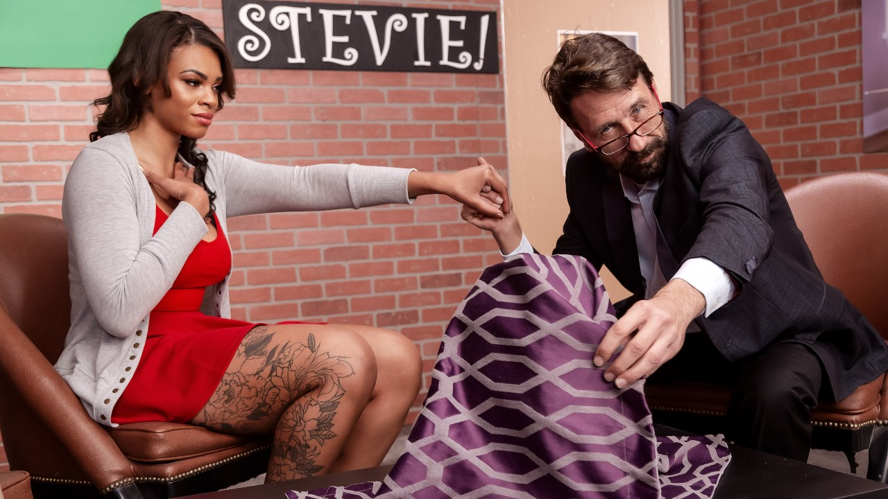 Hide The Pickle, Halle Hayes, Steve Holmes, [Brazzers]