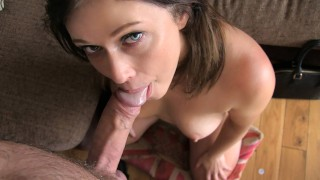 Big facial for web cam girl in casting