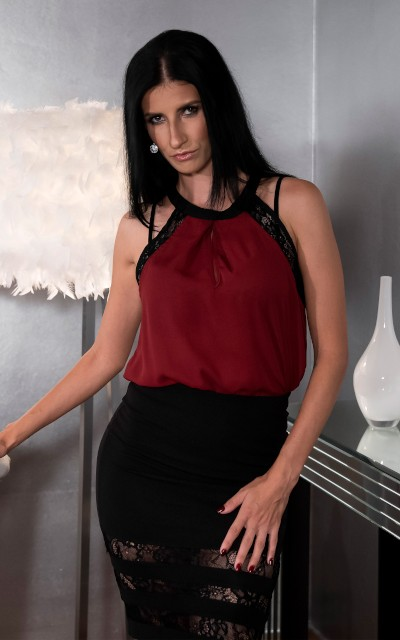 Aria Rossi Official Profile on SexyHub