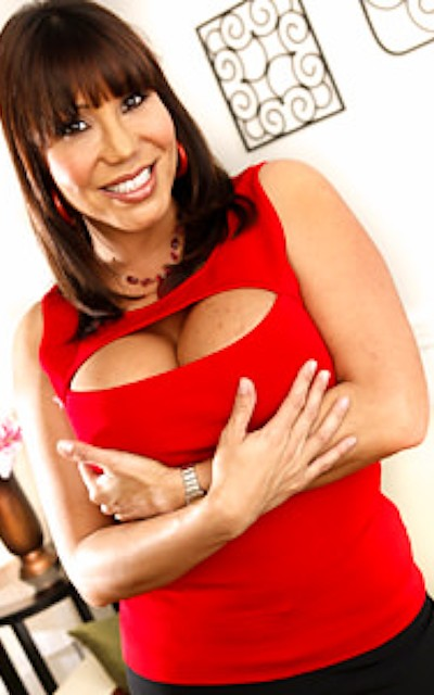 Watch Ava Devine Official Profile on RealityJunkies