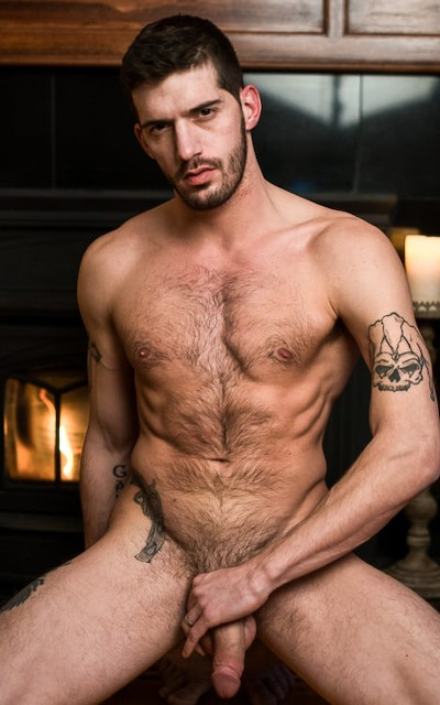 Ty Roderick - Icon Male
