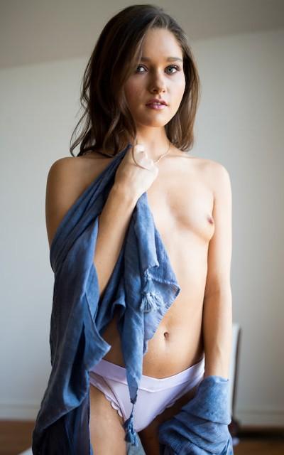 Zoe Bloom - Mile High Media Pornstar
