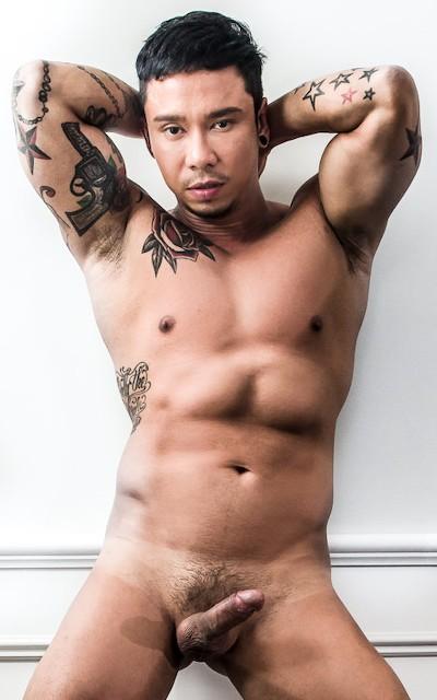 NoirMale model - Travis Yukarin