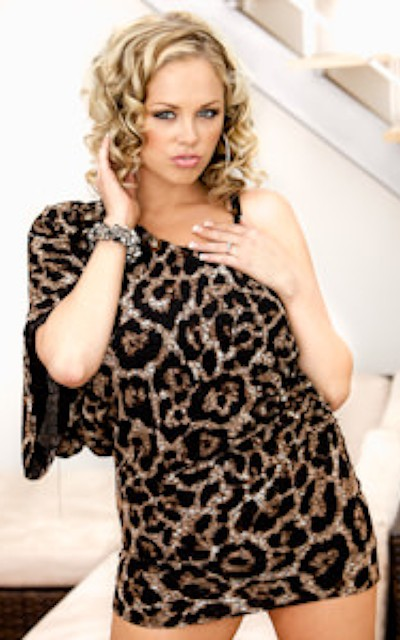 Watch Katie Kox Official Profile on RealityJunkies