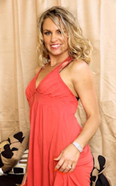 Watch Amanda Blow Official Profile on RealityJunkies