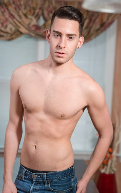 Lance Taylor - Icon Male