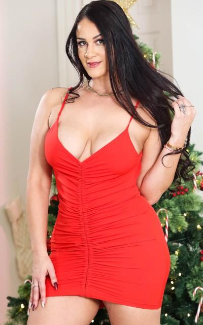Miss Raquel Amateur Porn Star