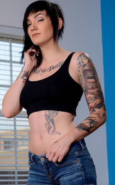 Nikki Hearts - Brazzers Model