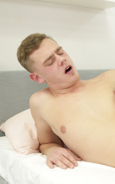 Watch Misko Synak mmf porn on Bi Empire