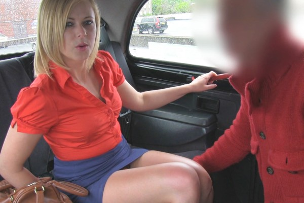 Watch Anna Joy in Curvy Blonde Gives Up Her Thick Ass To Horny Cabbie