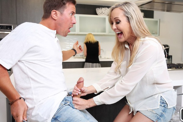One Hot Milf with Jessy Jones, Brandi Love at sneakysex.com