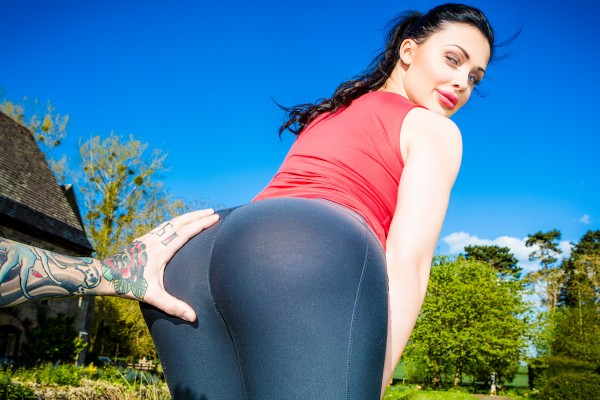 Working Out With Aletta - Aletta Ocean, Dean Van Damme