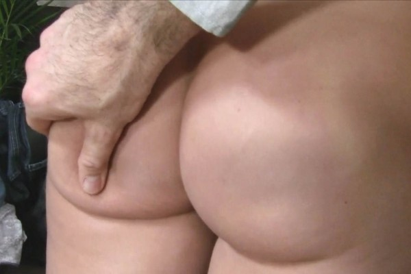 She Loves It When Guys Cum In Her Tight Pussy ft James Brossman - FakeHub.com