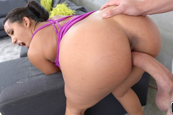 Pricey Pussy Van Wylde Porn Video - Reality Kings