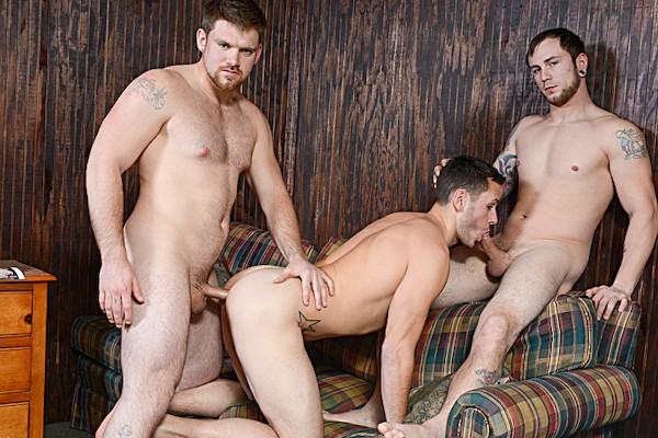 Watch Johnny Rapid, Jeremy Adams, Brenner Bolton, Jared Summers in Bareback Motel Part #3, Scene 1