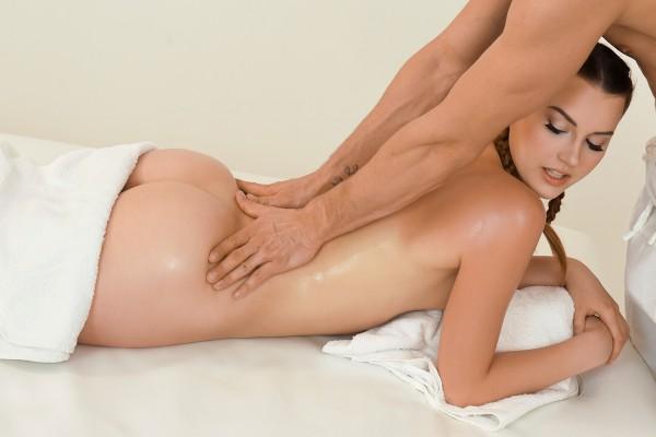 Sunburnt redhead sloppy oil fuck at SexyHub.com
