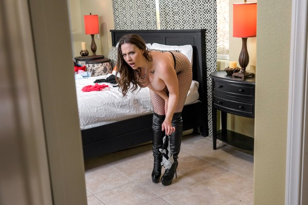 Banging The Bellhop feat. Chanel Preston - LilHumpers Scene