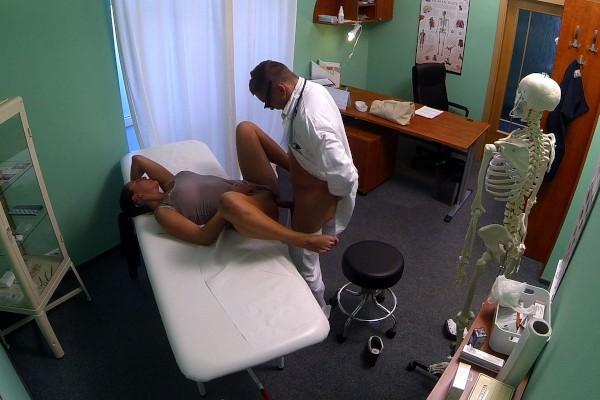 HD FakeHospital E06 Valentina Ross