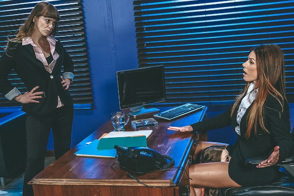 Hold the Moan Part 2 - Sunny Lane, India Summer
