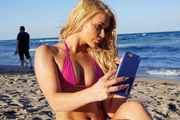 Watch Abby Cross in Beach Blonde's Anal Creampie