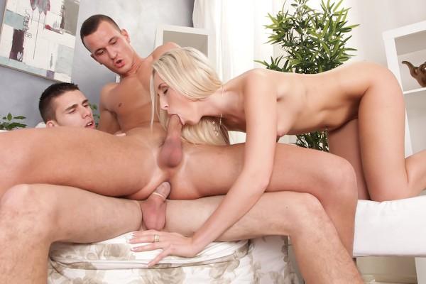 Bi Sexual Cuckold #05 Scene 2 Bisexual Orgy on Bi Empire with Jenny Simons