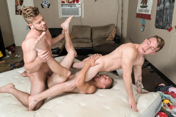 Peepers with Myles Taylor, Elye Black, Ryan Sparks at bignaturals.com