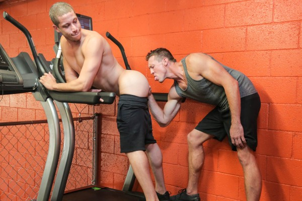 Dudes In Public 7 – Gym - Pierce Paris, Tony Shore