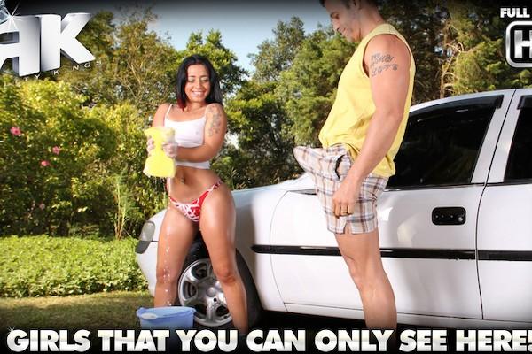Sexy Car Wash Roge Ferro Porn Video - Reality Kings