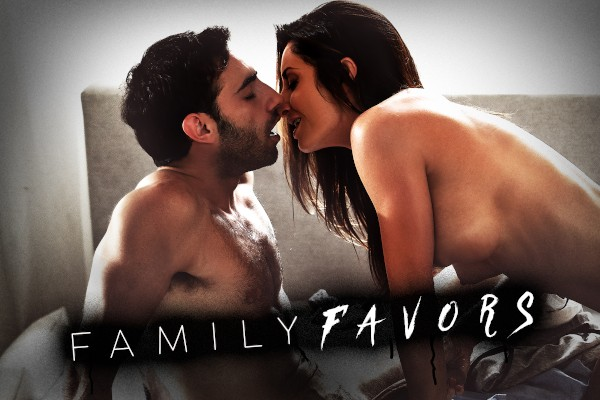Family Favors - Chloe Cherry, Jake Adams, Khloe Kapri, Lucas Frost, Jay Smooth, Penny Pax, Tommy Gunn, Silvia Saige - FamilyPorn
