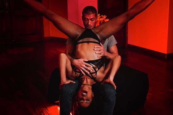 Silent Dancer - Xander Corvus, Kira Noir