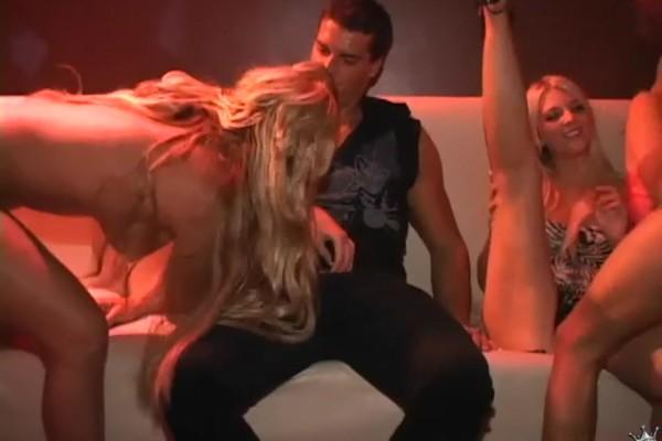 Sex Buffet Ramon Nomar Porn Video - Reality Kings