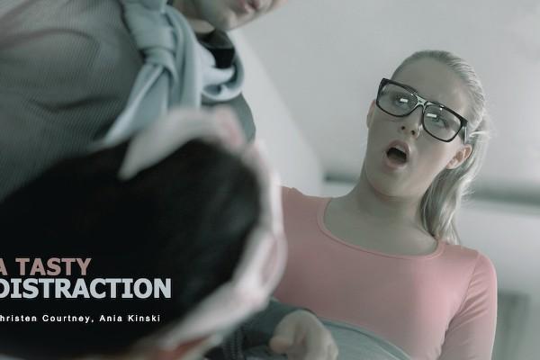 A Tasty Distraction - Christen Courtney, Ania Kinski - Babes